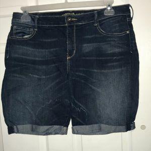 Cuffed Denim shorts- Juniors plus Size 19